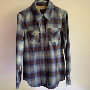 Pendleton Women's 100% Virgin Wool Shirt Medium